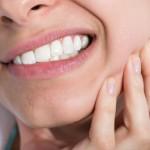 Jaka jest alternatywa dla ortodontycznych aparatów stałych?